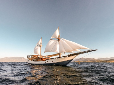 Sailing Komodo Luxury Boat 3D2N